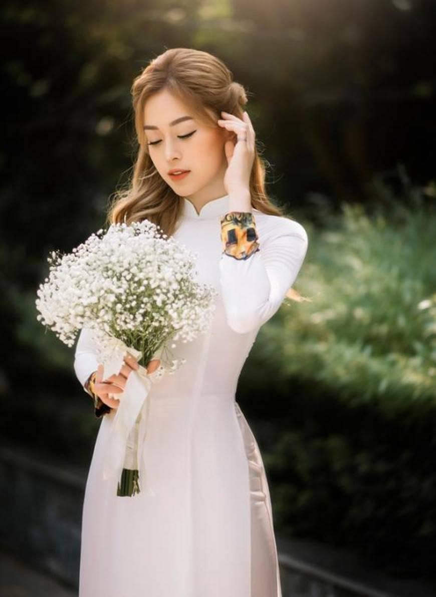 Á hậu Phương Nga đẹp lụi tim khi diện áo dài trắng chụp ảnh kỷ yếu-8
