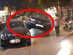 Clip: Nữ sinh đi xe sang đường bị ô tô phóng nhanh đâm trúng, hất văng gần chục mét-1