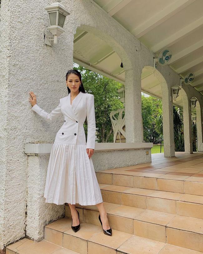 Cũng chịu khó mặc điệu như ai, nhưng HH Phương Khánh vẫn nhiều lần đánh tụt cảm xúc người nhìn vì lỗi diện đồ phổ biến-4