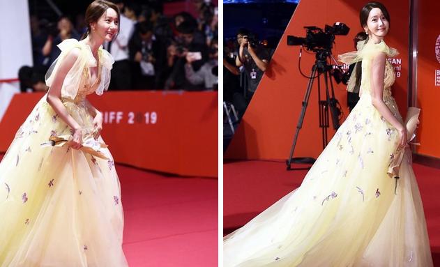 Nữ thần nhan sắc Yoona diện đầm bức tử vòng 1 sexy đến khó tin, nhưng choáng nhất là tổng giá trị bộ đồ cô dát lên người-4