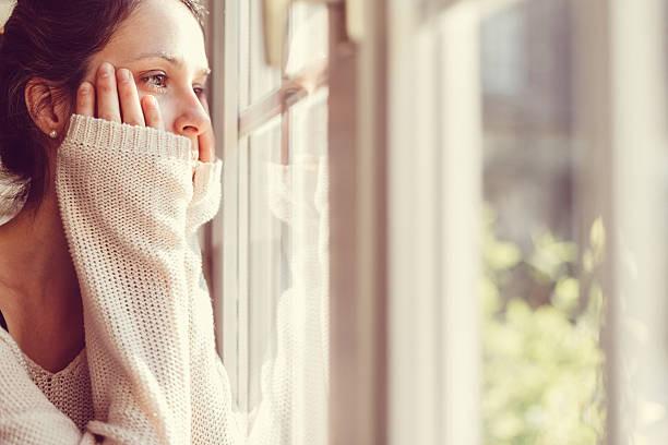 Khi chồng dẫn một cô bé 10 tuổi vào nhà, tôi tái mặt vì run sợ nhưng thái độ của anh làm tôi quá đỗi kinh ngạc và vui sướng-2