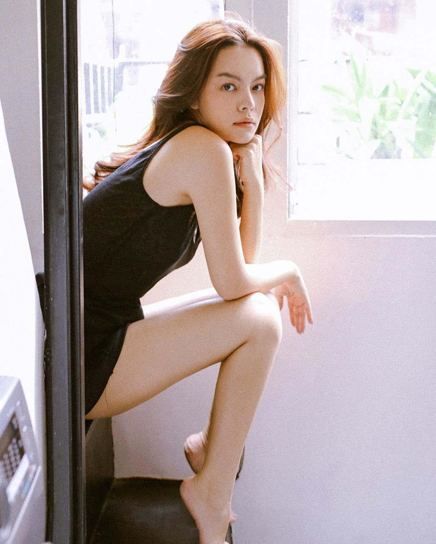 Phạm Quỳnh Anh lần hiếm hoi đăng ảnh mặc bikini-5