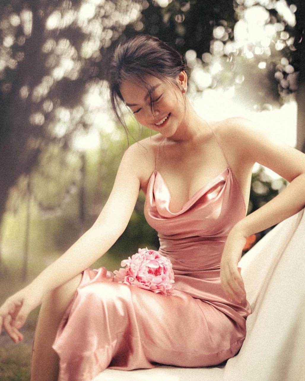 Phạm Quỳnh Anh lần hiếm hoi đăng ảnh mặc bikini-8