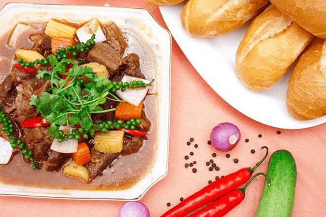 Chỉ cần thêm gia vị này vào như đầu bếp, món thịt bò sốt vang sẽ vô cùng thơm ngon-2