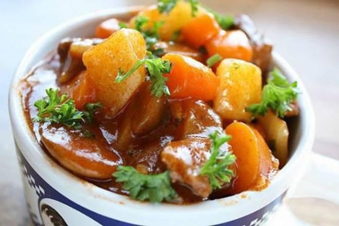 Chỉ cần thêm gia vị này vào như đầu bếp, món thịt bò sốt vang sẽ vô cùng thơm ngon-3