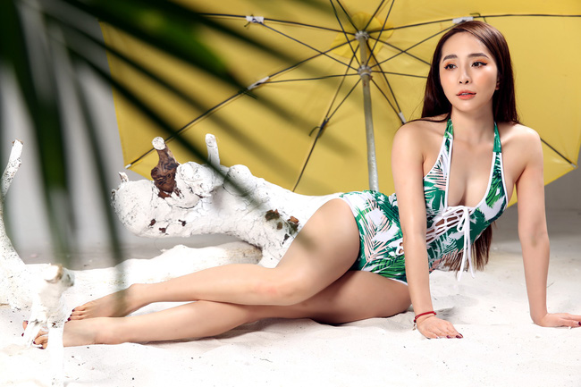 Tung ảnh bikini lạc mùa, tiểu tam Quỳnh Nga vẫn hút mắt nhìn với body nóng bỏng-4