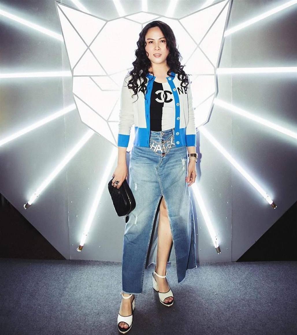 Vung tay mua hàng hiệu không tiếc, Phượng Chanel vẫn mặc lại những bộ cánh sến súa-13