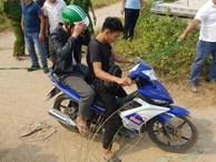 NÓNG: Khởi tố 2 nghi phạm sát hại nam sinh chạy Grab cướp xe máy