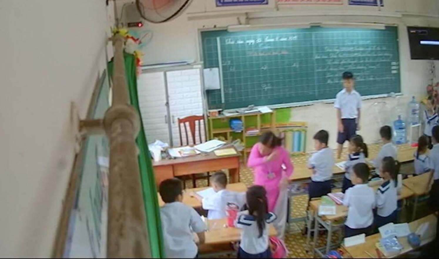 Cô giáo tại TP.HCM đánh, mắng chửi hàng loạt học sinh trong lớp-1