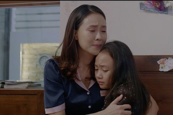 Hồng Diễm nói về kết phim Hoa hồng trên ngực trái, Khuê sẽ về với Thái?-1