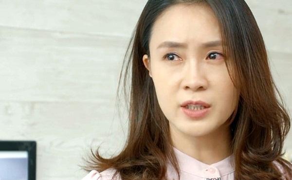 Hồng Diễm nói về kết phim Hoa hồng trên ngực trái, Khuê sẽ về với Thái?-2