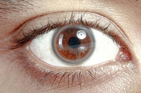 9 dấu hiệu bất thường trên đôi mắt cảnh báo bệnh tật nguy hiểm-1