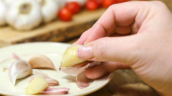 Ăn theo cách này khiến tỏi thành thuốc độc, hại vô cùng cho sức khỏe-2