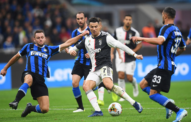 Ronaldo không gặp may trong ngày Juventus thắng Inter 2-1-1