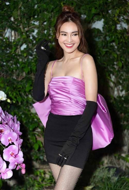 Bị coi là gam màu sến sẩm, vậy mà mỹ nhân Việt vẫn đua nhau lên đồ cùng sắc tím-2