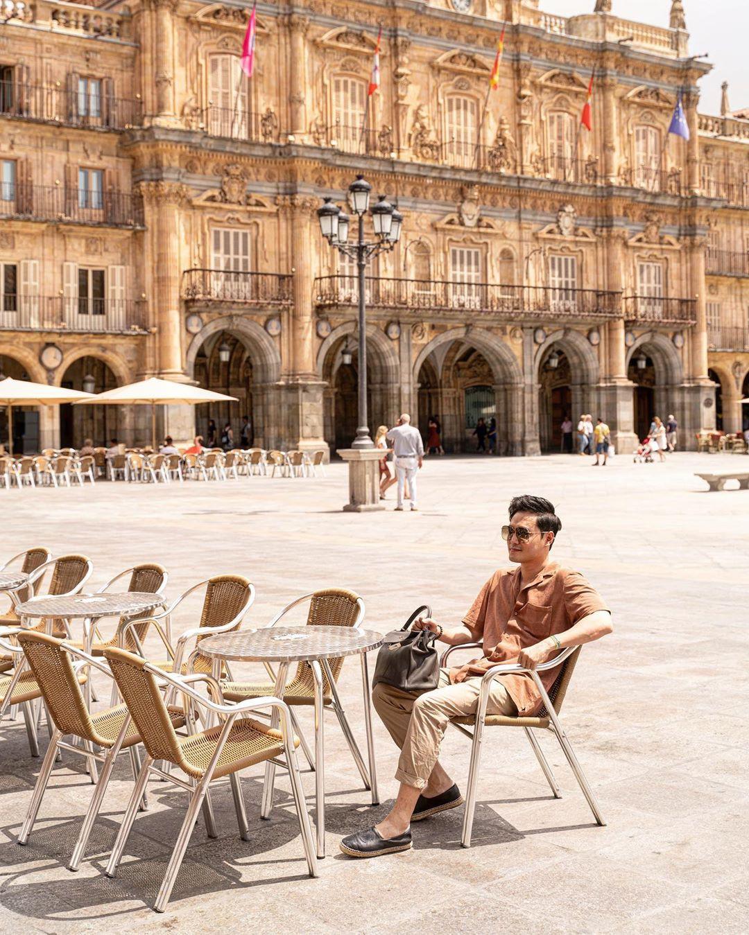 Quang Vinh bao năm bị đồn là thiếu gia Nguyễn Kim: Bỏ hào quang sân khấu để theo đuổi đam mê du lịch với những bức ảnh chất hơn nước cất-38