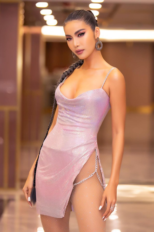 Á hậu Thanh Tú mặc bikini, khoe dáng sexy dưới ống kính của ông xã-12