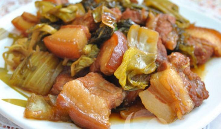 Đầu bếp nhà hàng tiết lộ: Bí quyết kho thịt ba chỉ dưa chua ngon mê ly, bao nhiêu cơm cũng hết-2