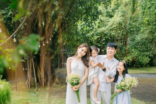Lưu Hương Giang - Hồ Hoài Anh ly hôn và ranh giới thật giả: Vừa công khai ân ái ngọt ngào, quay lưng lại đã gửi đơn ly hôn-5