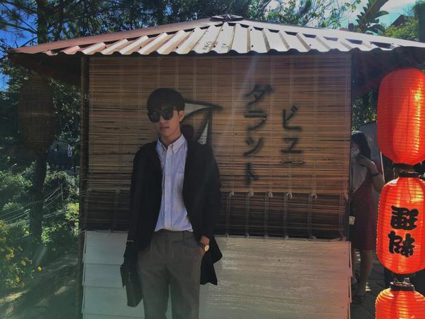 Nam sinh lớp 12 ở Bình Định được hội Ngắm trai đẹp khen hết lời, soi profile càng ngưỡng mộ vì là dân Chuyên Anh-2
