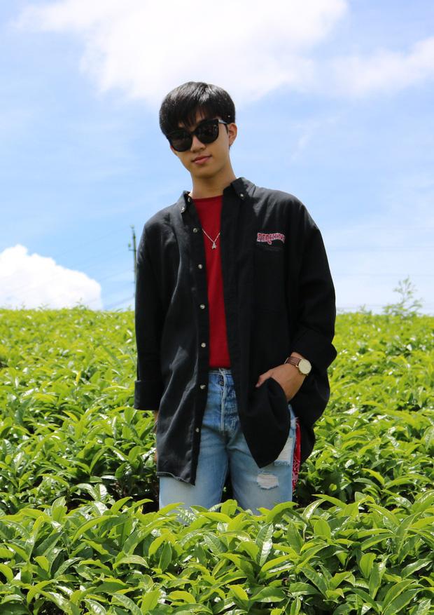 Nam sinh lớp 12 ở Bình Định được hội Ngắm trai đẹp khen hết lời, soi profile càng ngưỡng mộ vì là dân Chuyên Anh-4