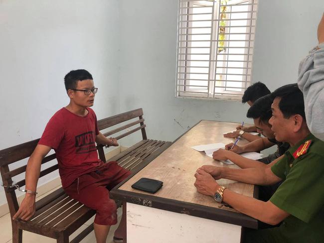 Vụ cướp đâm trọng thương cụ bà 71 tuổi và cô gái trẻ sau khi quỵt tiền mua dâm ở Đà Nẵng: Nghi phạm nghỉ học từ nhỏ, gia đình khá giả-1