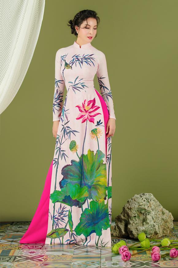 MC Thanh Mai khoe nhan sắc không tuổi với áo dài hoa sen-10