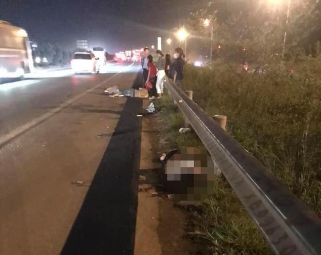 Tài xế ô tô bỏ chạy khi cán trúng 3 công nhân đi bộ qua đường cao tốc, một người đã tử vong-2