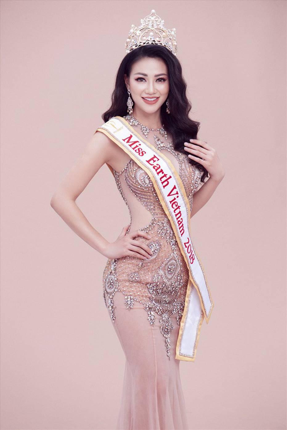 Top những hoa hậu học giỏi bậc nhất thế giới, Việt Nam cũng góp mặt 2 đại diện siêu đỉnh: Người thi ĐH 29.5 điểm, người là du học sinh-18