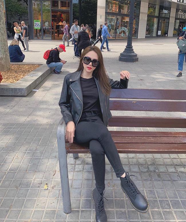 Học ngay 11 set đồ của Hoa hậu Hương Giang cách mix quần jeans từ đơn giản đến cá tính-11