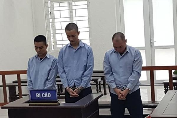 Hai bé gái 15 tuổi bị giam lỏng để mua vui cho đàn ông ở Hà Nội-1