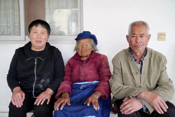 Cụ bà 107 tuổi, chỉ phải đi viện 2 lần trong đời tiết lộ bí quyết sống khỏe nhờ ăn loại quả này mỗi ngày-4