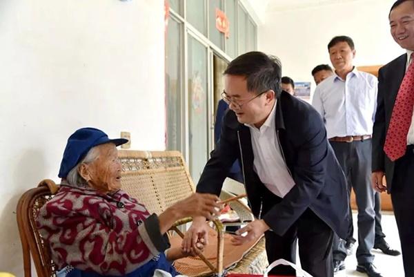 Cụ bà 107 tuổi, chỉ phải đi viện 2 lần trong đời tiết lộ bí quyết sống khỏe nhờ ăn loại quả này mỗi ngày-6