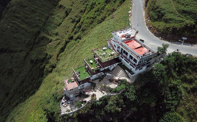NÓNG: Đề nghị tháo dỡ một phần công trình sai phép Panorama trên đèo Mã Pì Lèng trước 15/11-1