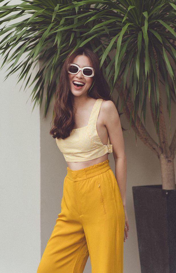 Không cần ngồn ngộn hở hang, mỹ nhân ngực lép của showbiz Việt vẫn quyến rũ với phong cách riêng-1