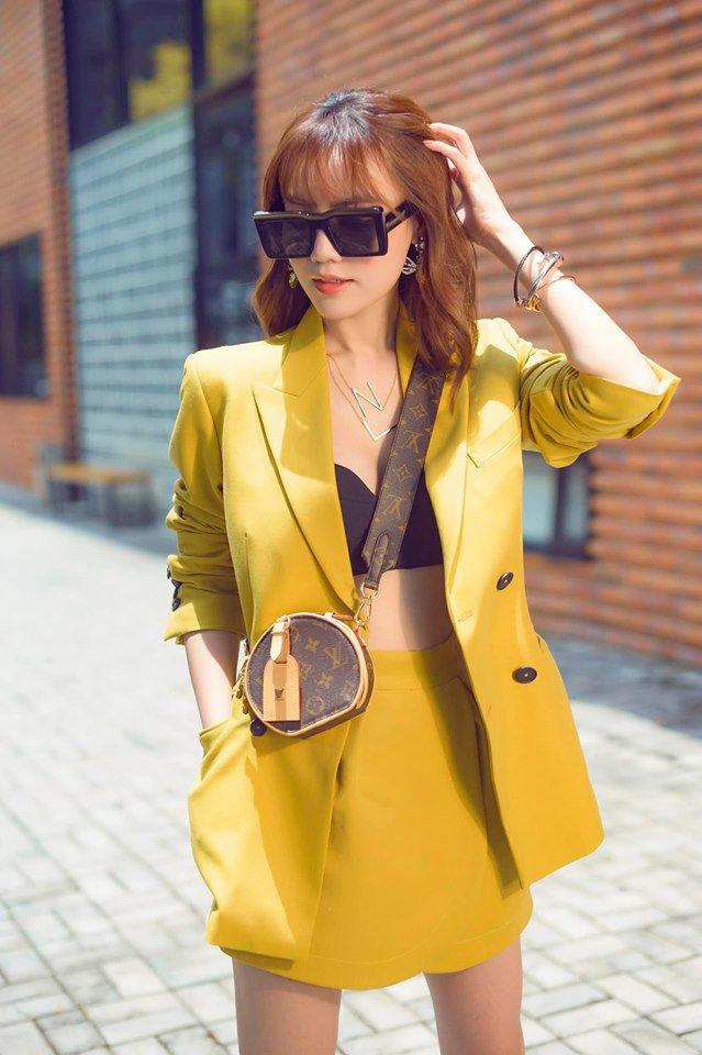 Không cần ngồn ngộn hở hang, mỹ nhân ngực lép của showbiz Việt vẫn quyến rũ với phong cách riêng-11