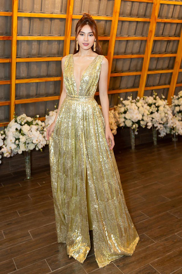 Không cần ngồn ngộn hở hang, mỹ nhân ngực lép của showbiz Việt vẫn quyến rũ với phong cách riêng-8