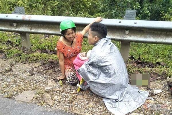Chồng trẻ ở Nghệ An đỡ đẻ cho vợ ngay bên đường-1