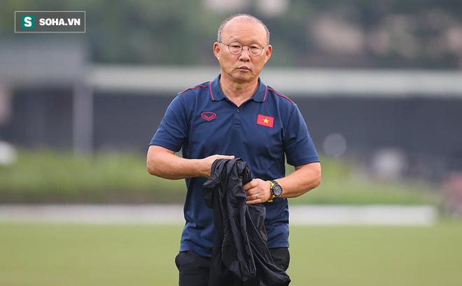 HLV Park Hang Seo gạch tên 2 hậu vệ, chốt danh sách 23 cầu thủ đấu Malaysia-1