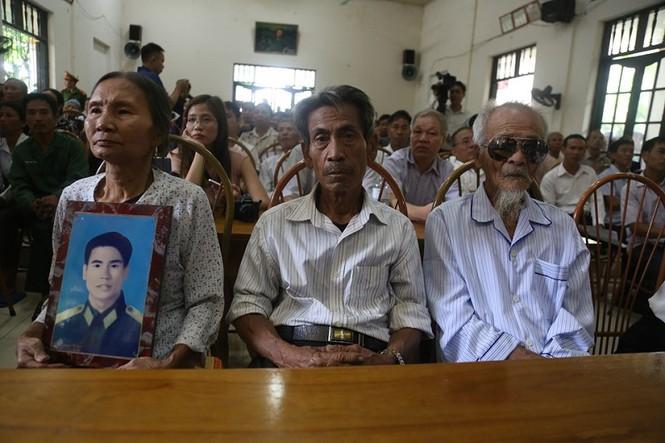 Bị bắt giam oan, 3 người được xin lỗi sau 39 năm-2