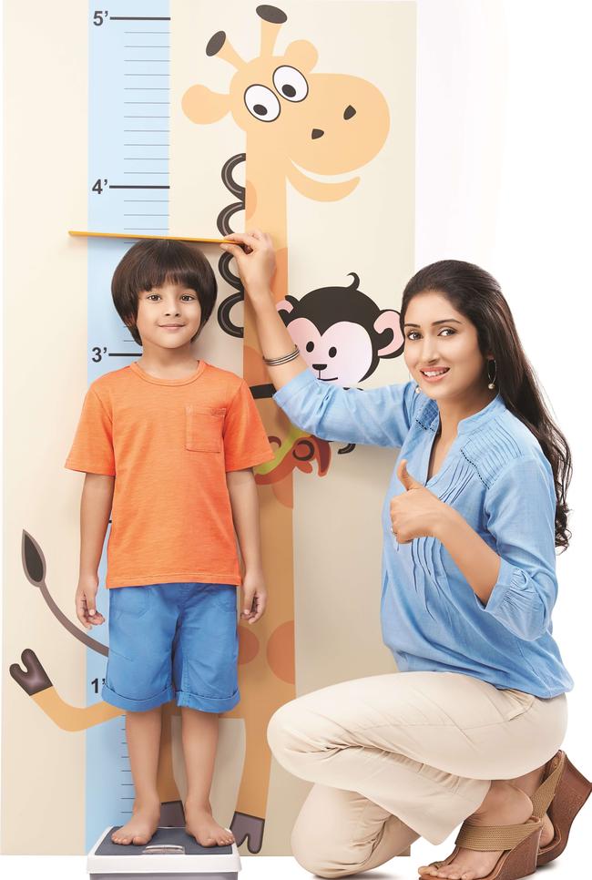 Bác sĩ nhi khoa hướng dẫn cha mẹ 3 phương pháp dự đoán chiều cao của con trong tương lai-1