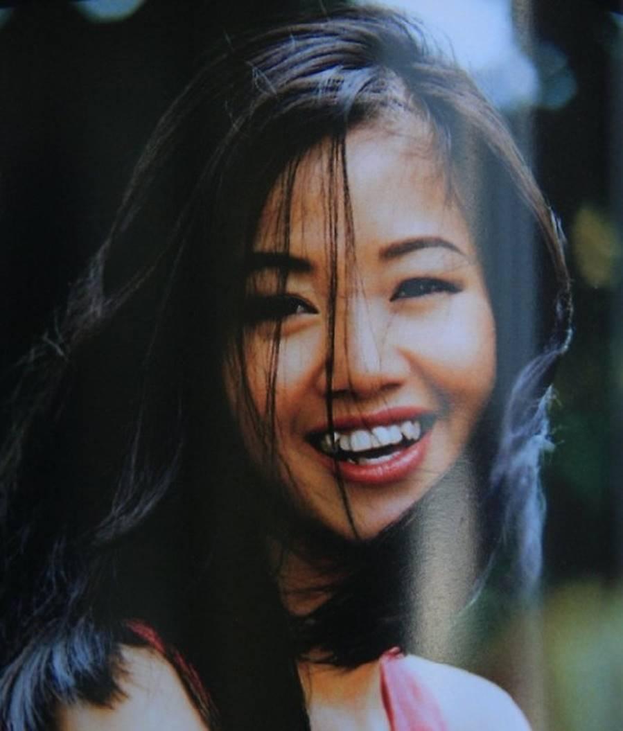 Những hình ảnh thanh xuân răng khểnh của diva Hồng Nhung-5