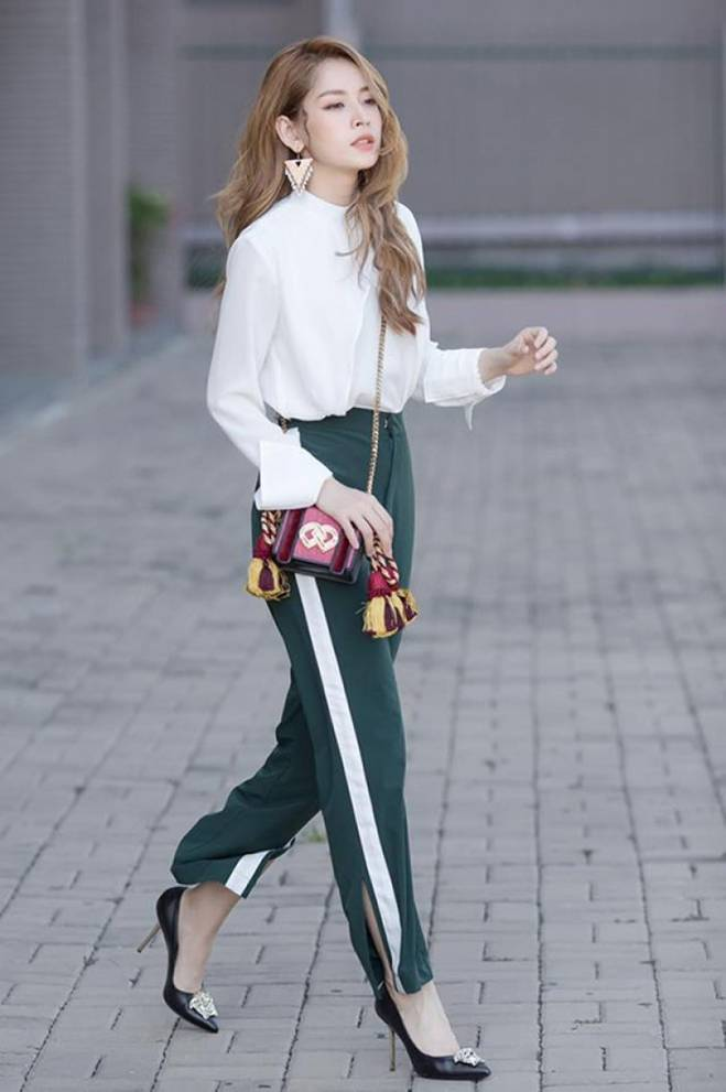 Mặc skinny jeans bị chê gầy nhom, Tăng Thanh Hà đổi ngay quần xẻ tà liền quyến rũ hơn hẳn-8