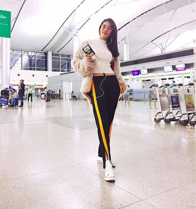 Mặc skinny jeans bị chê gầy nhom, Tăng Thanh Hà đổi ngay quần xẻ tà liền quyến rũ hơn hẳn-9