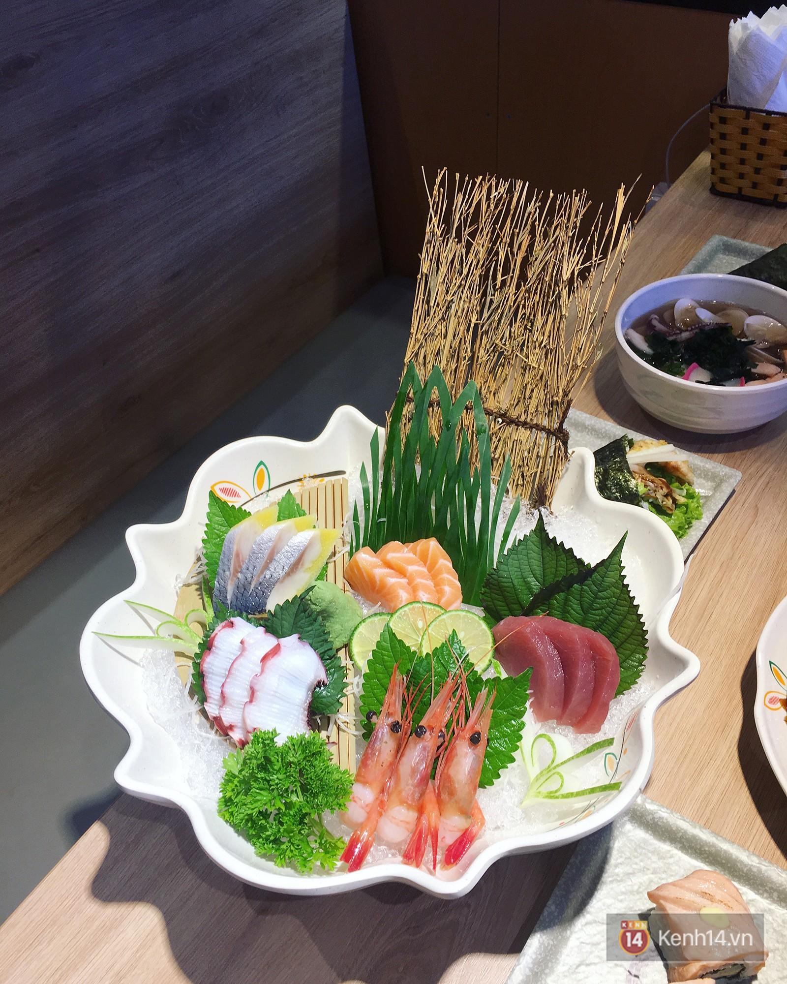 Lá hồi sinh bán đầy chợ Việt 1-2 ngàn/mớ, ở Nhật phải mua ăn từng lá một-3