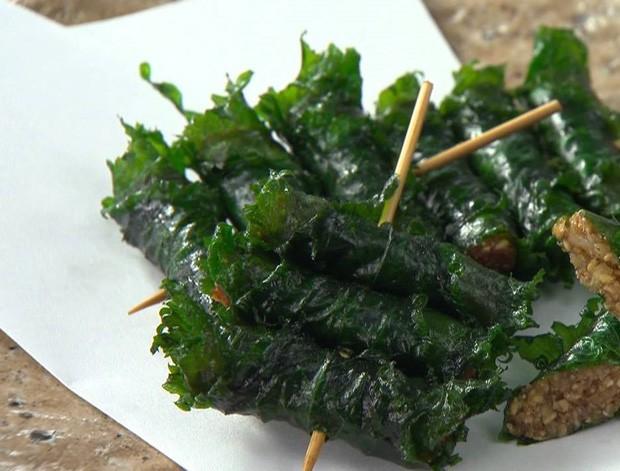 Lá hồi sinh bán đầy chợ Việt 1-2 ngàn/mớ, ở Nhật phải mua ăn từng lá một-8