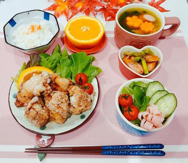 8X nấu ăn tuyệt ngon cho chồng Nhật, hội chị em vào đùa thế này ai còn dám ăn phở-6