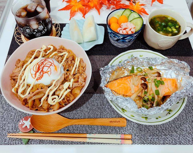 8X nấu ăn tuyệt ngon cho chồng Nhật, hội chị em vào đùa thế này ai còn dám ăn phở-8