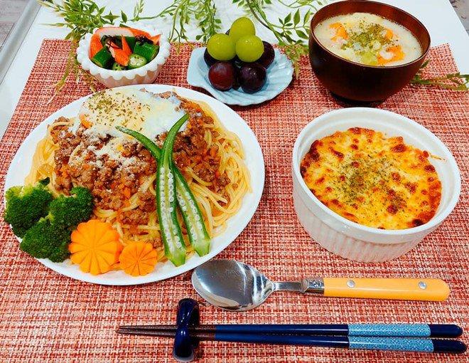 8X nấu ăn tuyệt ngon cho chồng Nhật, hội chị em vào đùa thế này ai còn dám ăn phở-14