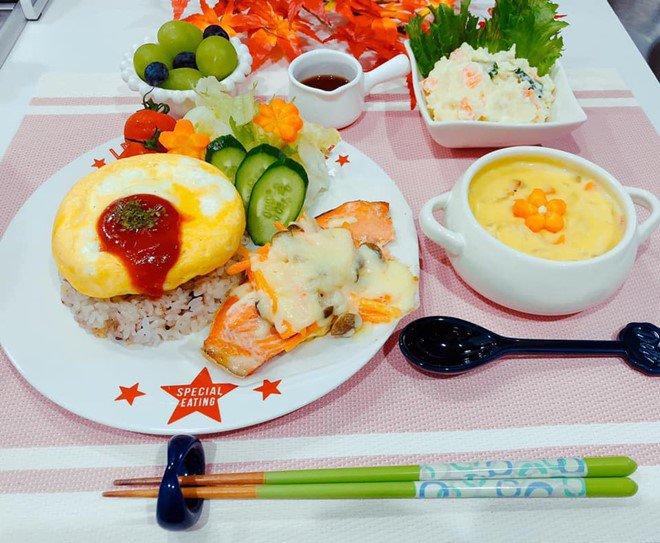 8X nấu ăn tuyệt ngon cho chồng Nhật, hội chị em vào đùa thế này ai còn dám ăn phở-18